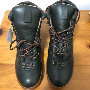 NWT! Joe's Leather boots Size 10